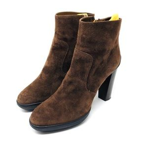 Like 🆕 TOD'S chocolate brown suede booties